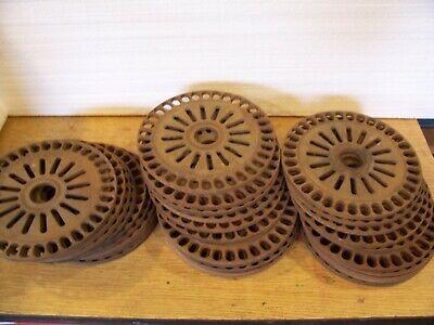 2 Vintage Cast Iron Ih Planter Plates 3301a Pea Beans Lot Aa