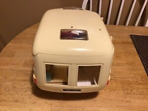 "Calico Critters ""SMILEY"" Camper"