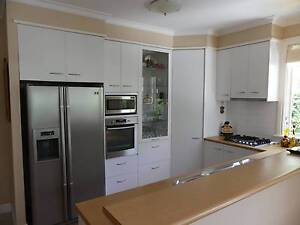 Complete laminate kitchen with appliances Williamstown Hobsons Bay Area Preview