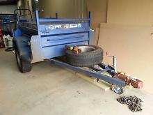 Off Road Box Trailer with Gas Strut Lid Tumut Tumut Area Preview