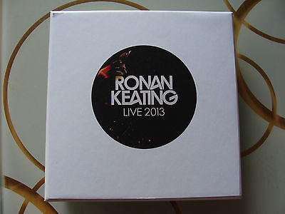 ::Bundle: Ronan Keating : MP3 Badge Player, 4 Concerts Live in 2013