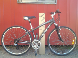 Avanti discovery hybrid bike bicycle, small Maribyrnong Maribyrnong Area Preview