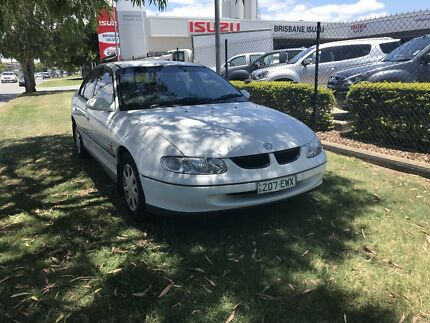 Holden commodore Auto Come Whit Rwc And Rego