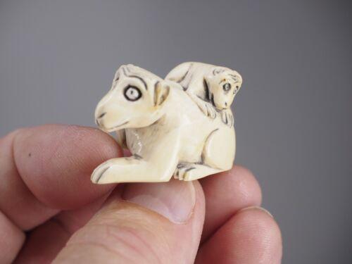 Hand carved Japanese netsuke signed zodiak animal antique.