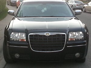 *2010 Chrysler 300, 217500 hwy kms. Trade or Partial Trade Down*