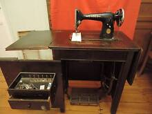 Singer Treadle Sewing Machine 201K1 paperclip pattern & cabinet Coalfalls Ipswich City Preview