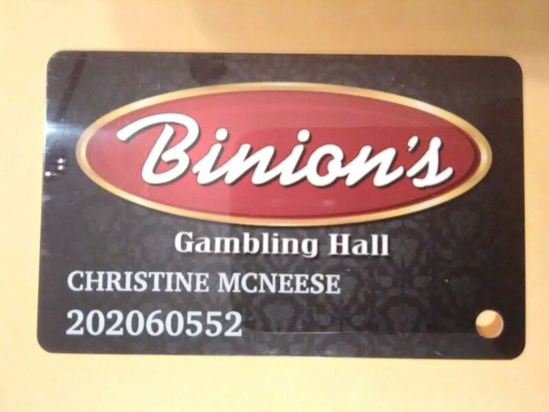 BINIONS CASINO LAS VEGAS, NEVADA LOGO SLOT CARD GREAT FOR ANY COLLECTION!