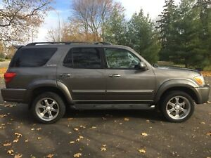 2005 Toyota Sequoia Limited SUV 4WD (4.7L / 8 cylinder)