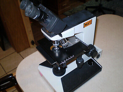 Leitz Laborlux S Microscope W 2 Objectives And Eyepieces