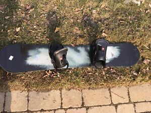 K2 147 Snowboard bindings boots 9.7/10 condition