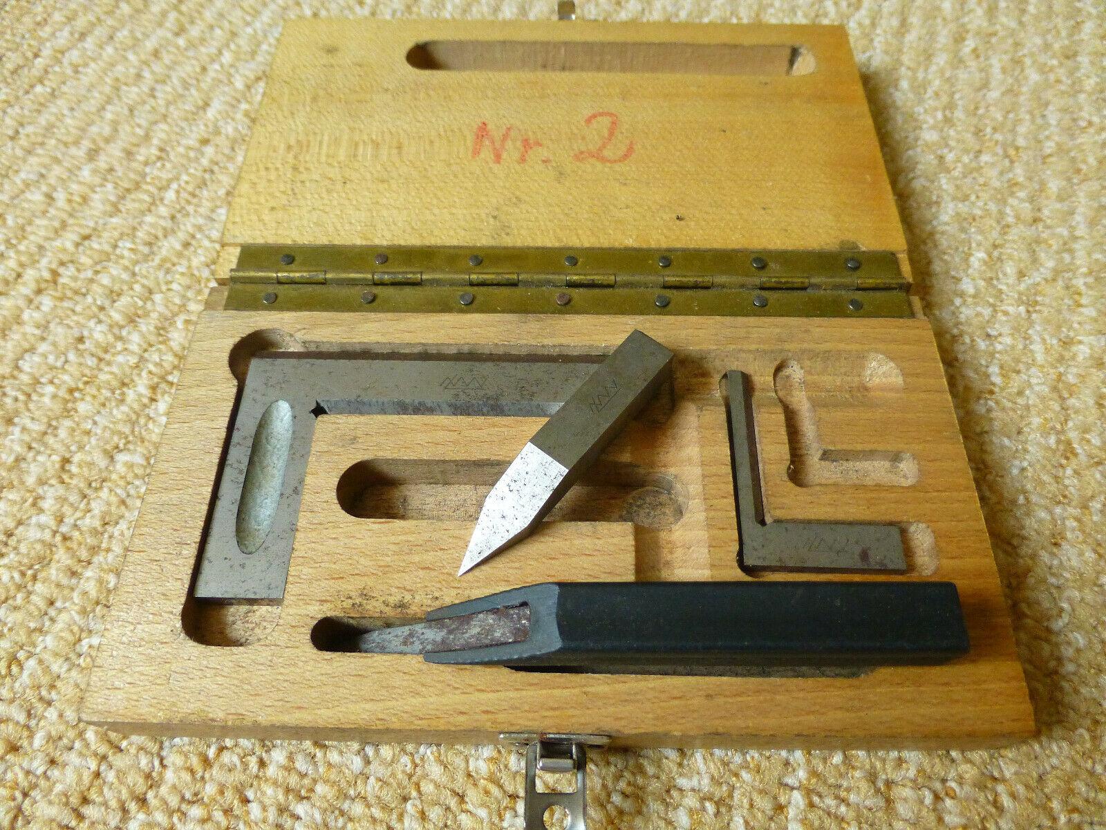 Altes Feinmechaniker Werkzeug in Holzbox