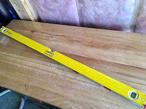"""Stabila 48"""" magnetic 3-way level in great shape"""