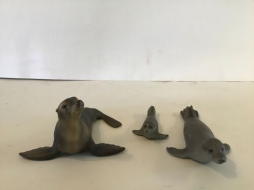 Schleich seals lot of 3