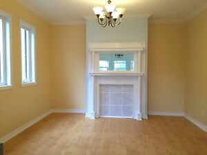 MIN TO UNIV & DOWNTOWN, QUIET & CLEAN, 5 APPLIANCES, CENTRAL