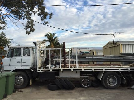 Mitsubishi FM series tray truck  Scarborough Redcliffe Area Preview