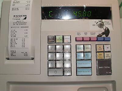 SHARP XEA-137 hellgrau GDPdU-fähige Kasse, mit Logo und Text