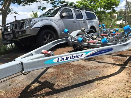 Dunbier Boat Trailer suit up to 5.7m fibreglass boat
