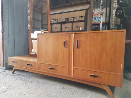 VINTAGE MID CENTURY *FLER* DRESSER drawers sideboard