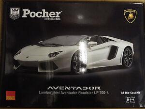 Pocher-Lamborghini-Aventador-LP700-4-Roadster-Canopus-White-1-8-Car-Kit-HK104
