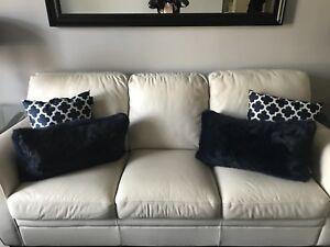 Gorgeous White Leather Natuzzi Leather Sofa Set