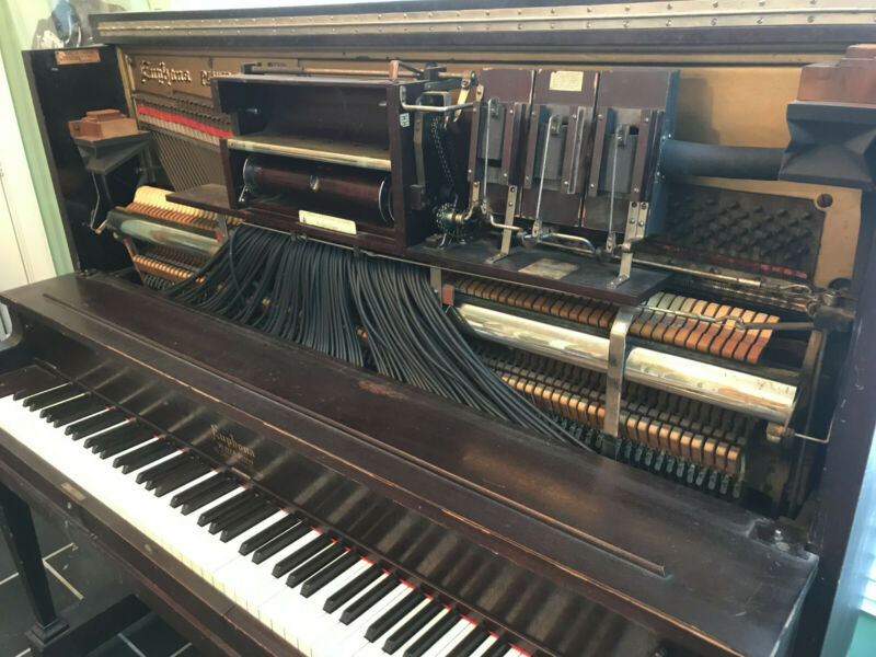 Antique Player Piano  1918 Euphona Player Piano by the Cable Company Chicago