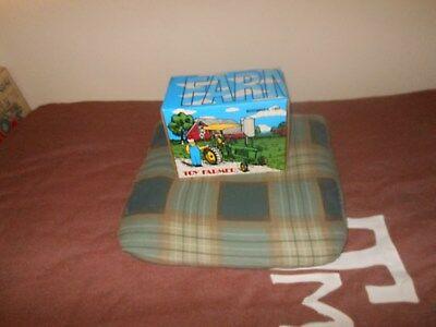 John Deere 4010 Toy Farmer tractor  (1/16)