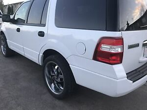 2011 Ford Expedition XLT 4X4 5.4