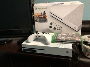 XBOX one s 500 +3 games GTA BATTLEFIELD GEARS / XBOX360 games
