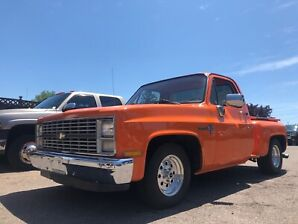 1983 Chevrolet Stepside C10 2wd $22,500 + taxes