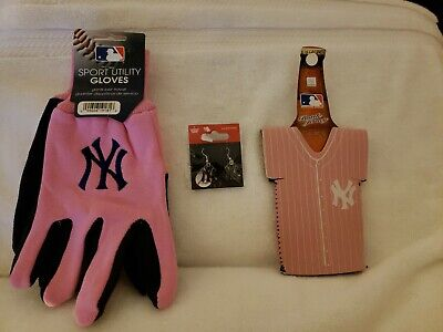 New York Yankees Women's Pink Gloves, Koolie And 1 Pr Of NY Earrings