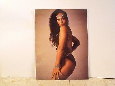 SOLID GOLD: Fabulous Full Color Laminated Photo of Lead Dancer Darcel Wynne