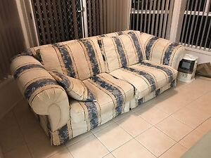 Lounge/Sofa Hobartville Hawkesbury Area Preview