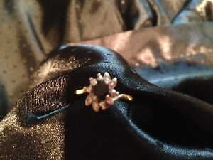 Gold and sapphire ring Thornton Maitland Area Preview