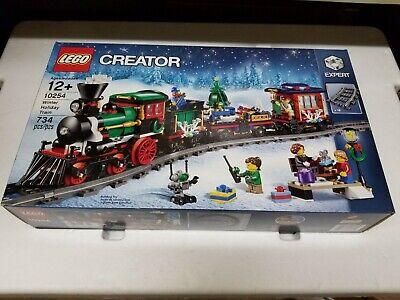 NEW LEGO Winter Holiday Train Set 10254 CREATOR Christmas 2016 Expert NO RESERVE