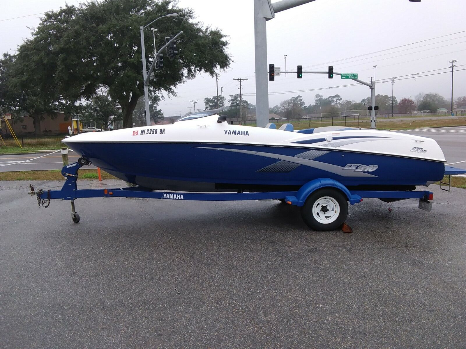 2003 Yamaha LX210 Twin Engine Running Jet Boat With Trailer & Swim Platform