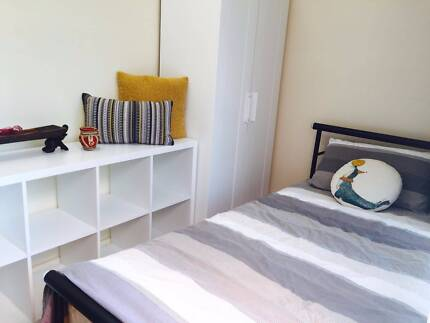 single room with own toilet - female only sharehouse