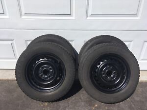 Set of winter tires & rims 195/65/R15