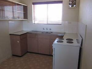 Two Bedroom Unit in Small Complex White Gum Valley Fremantle Area Preview