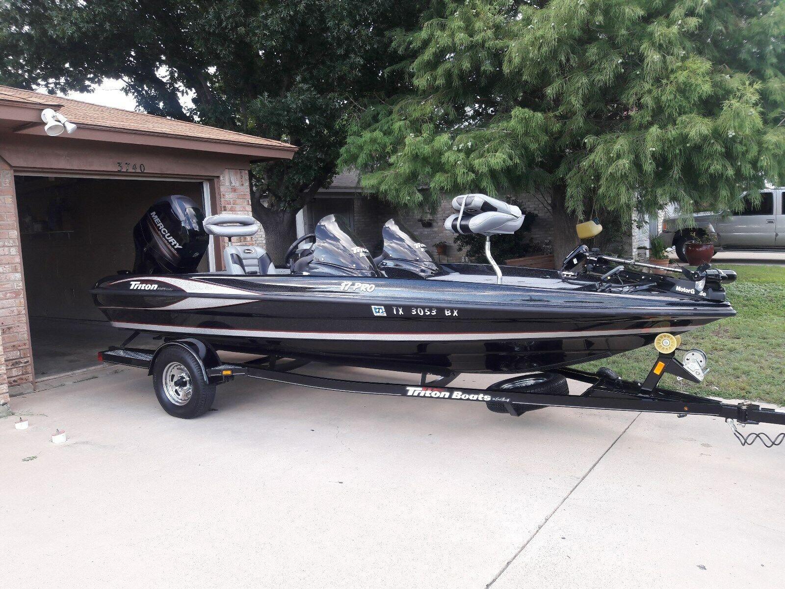2013 Triton 17PRO Bass Boat with 115 Mercury 4 Stroke & Trailer