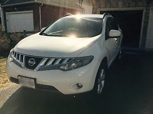 2009 NISSAN MURANO (MUST SELL)