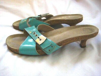Dr Scholls 'Corky' Sandals Womens Aqua Blue Patent Leather Kitten Heels Size 7.5 (Dr. Scholls Heels)