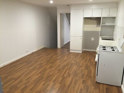 2bd granny flat for rent in Frenchs Forest Frenchs Forest Warringah Area Preview