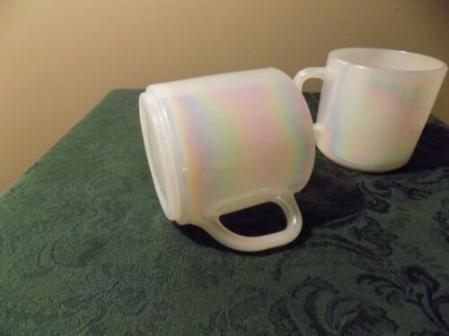 Set of 2 Vintage Federal Glass Moonglow Pearl Iridescent Milk Glass Coffee Mugs