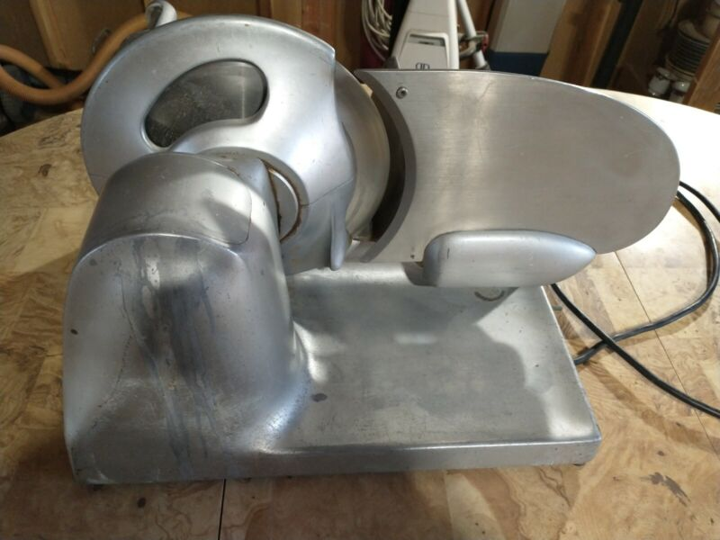 Hobart Model 410 Slicing Machine, DEli Slicer. Good Working Condition