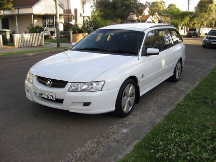 2006 Holden commodore Wagon Acclaim Immac cond, auto, May 18 rego