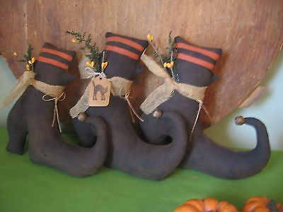 PATTERN~PRIMITIVE HALLOWEEN SALEM WITCH SHOES BOWL FILLERS CUPBOARD TUCK - Witch Shoes Halloween