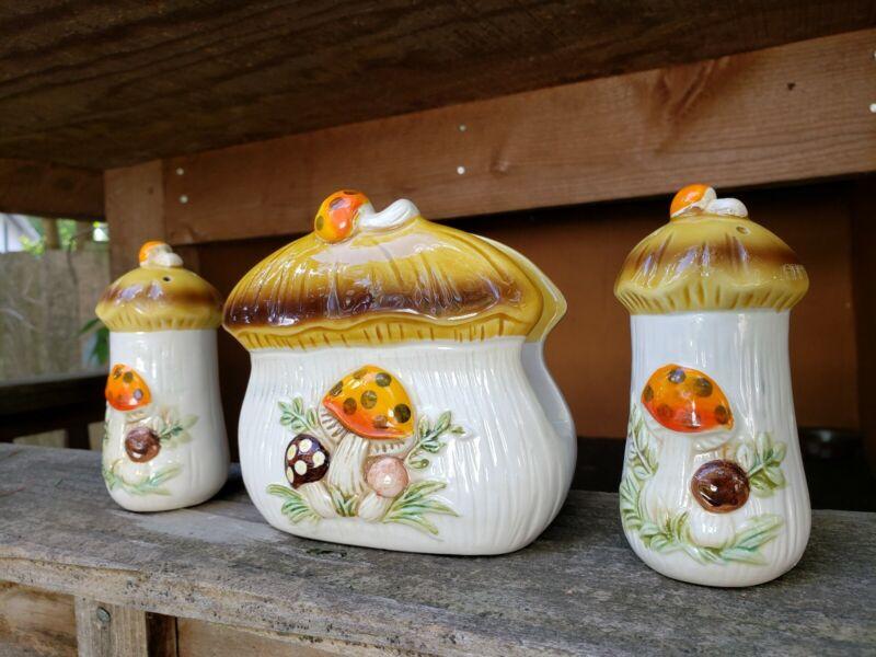 Vintage Sears Roebuck Merry Mushroom Table Set