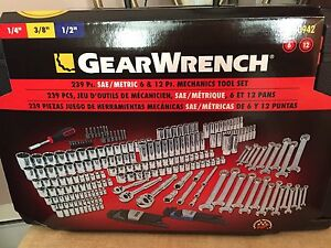 "GearWrench 239 Pc. 1/4"" 3/8"" 1/2"" SAE/Metric Ratchets/wrenches"