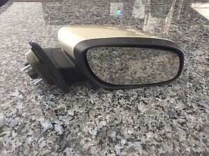 Right hand side mirror for 2011 Ford Taurus