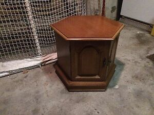 Solid wood Koelher side table